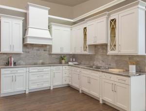 Shaker White Kitchen Cabinet Display